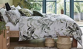 Botanical print bedding set