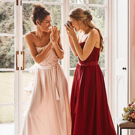 Beautiful and flattering bridesmaid dresses