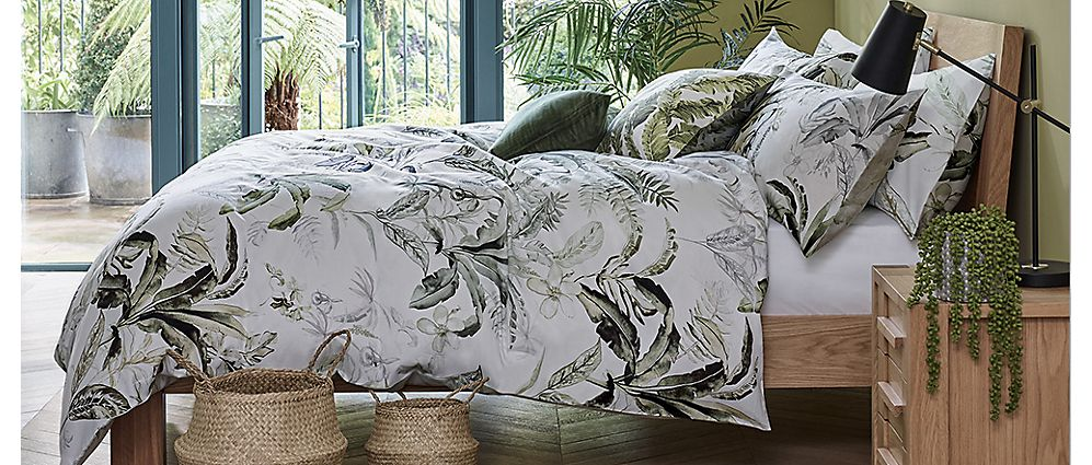 Botanical print bedding set
