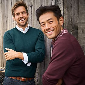 Men wearing fine knitted jumpers
