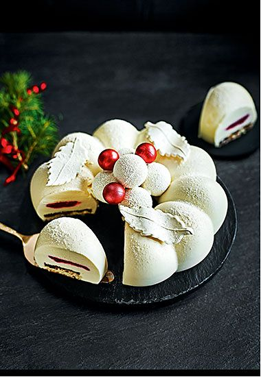 The Collection white chocolate snowball wreath