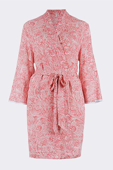 Chic maternity dressing gown