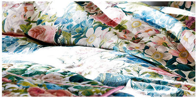 Transform your bedroom into a pretty retreat with our beautiful floral bedding sets
