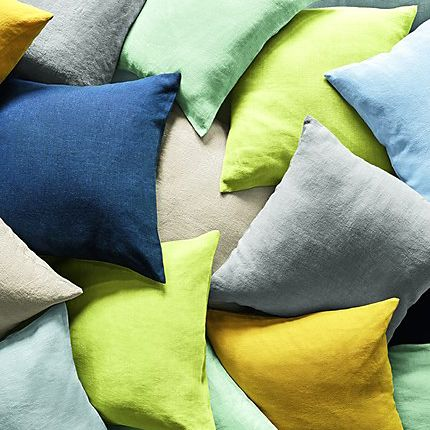 Scatter cushions in different colours