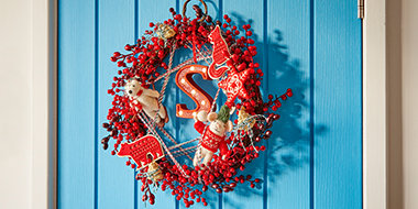 Three ways to make a Christmas wreath
