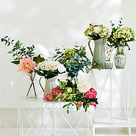 Faux flowers that look fabulous