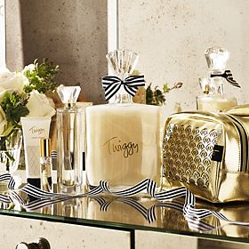 Twiggy for M&S bath and body gift sets
