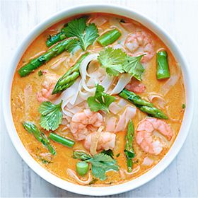 Asparagus and prawn coconut noodle soup recipe