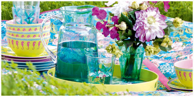 Brighten up your summer with bold outdoor furniture and picnicware