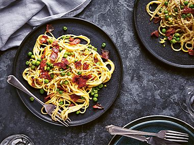 Pea and bacon pasta