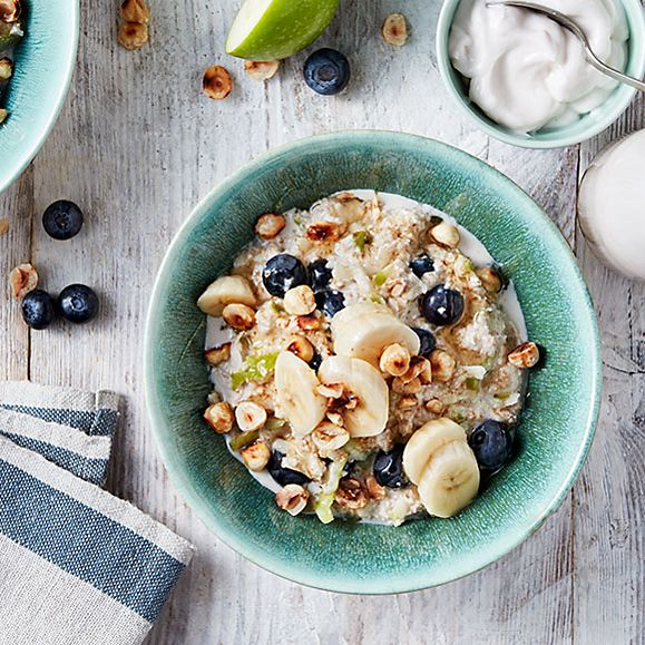 Banana, hazelnut and blueberry bircher muesli