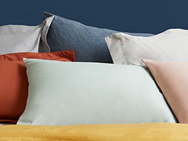 Plain pillowcases in different colours