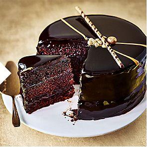 7b17fb47b21 Belgian chocolate mirror glaze cake