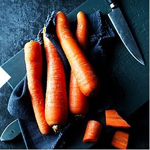 Freshly washed carrots