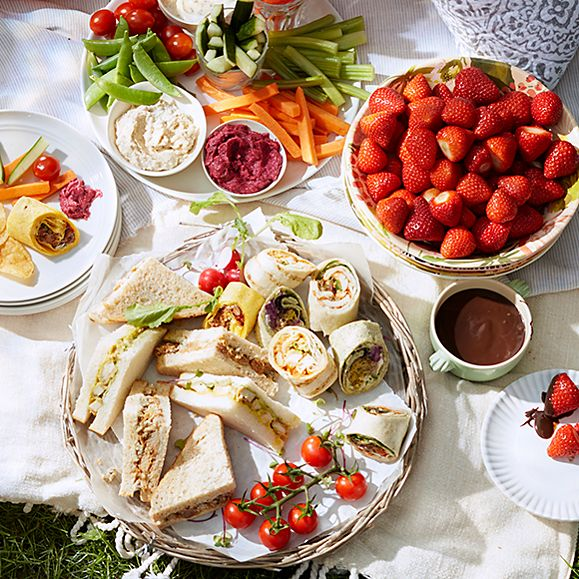 Sandwiches and wraps, strawberries, and crudités and dips