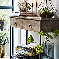 Baltimore wooden console table with drawers