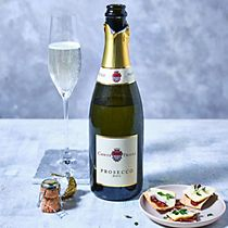 Bottle of Conte Priuli prosecco