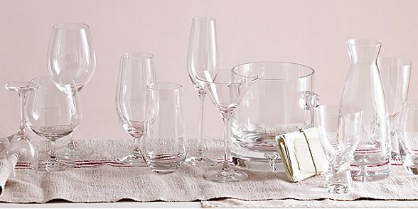 Glasses, wine glasses and champagne flutes from our collection