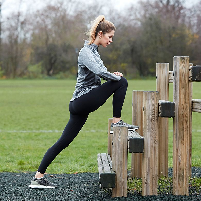 M&S fashion editor Sophie Hines doing lunges in leggings and a breathable jacket