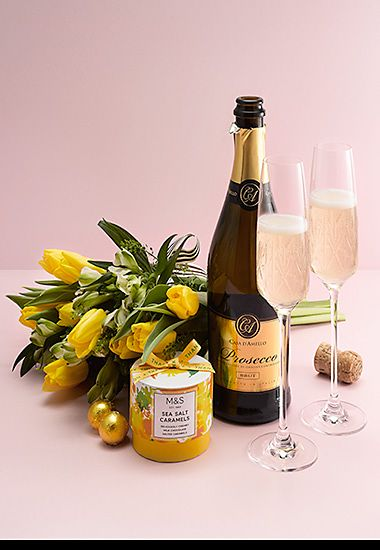 Prosecco, flowers and truffles gift with prosecco flutes