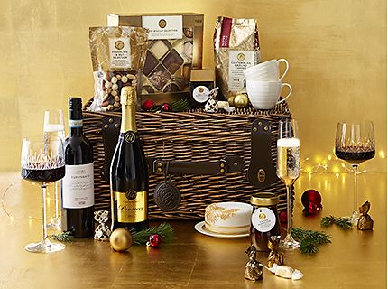 Shop our top 10 foodie hampers