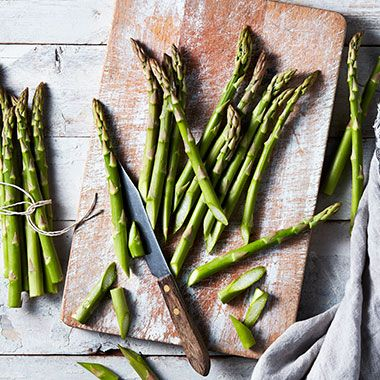 Fresh British asparagus on a cutting board
