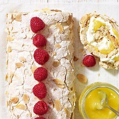 Lemon meringue roulade recipe