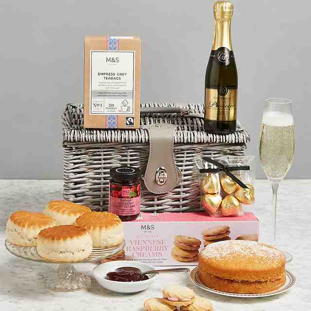 Hampers & food gifts