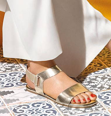 Holiday-ready sandals
