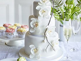 marks and spencer wedding cakes build your own cakes to order new occasion amp wedding cakes m amp s 17174